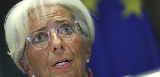 ECB ponechala měnovou politiku beze změny