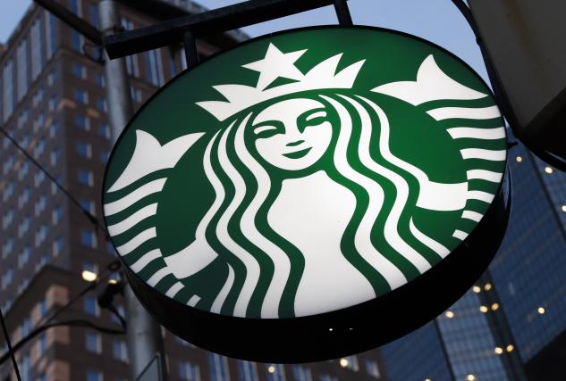 Starbucks v Kalifornii prý odmítl obsloužit policisty
