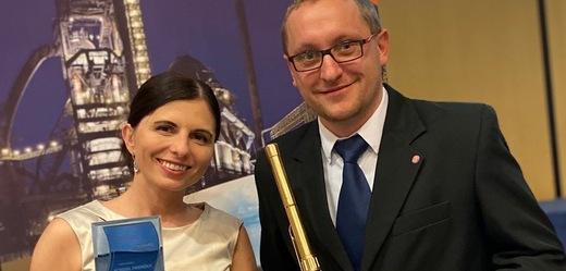 Natálie Linhartová a Petr Neuman.