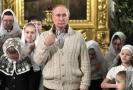 Putin se zúčastnil vánočních bohoslužeb.