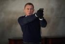 Daniel Craig ve filmu Není čas zemřít.