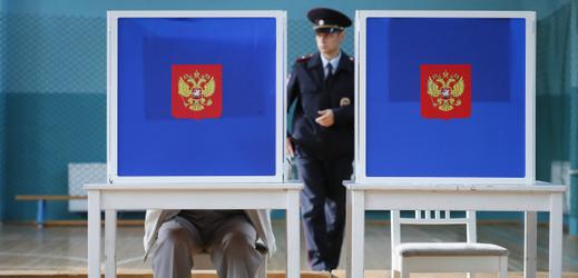 Volební místnost v Rusku.