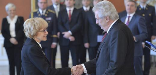Helena Válková a Miloš Zeman na archivním snímku.