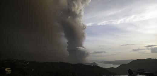 Erupce sopky na Filipínách.