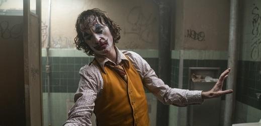 Nominacím na Oscara kraluje Joker s Phoenixem.