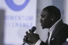 Americkému zpěvákovi se senegalskými kořeny Akon.