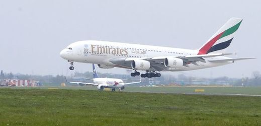 Airbus A380.