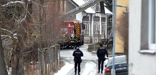 Policie ve Vejprtech.