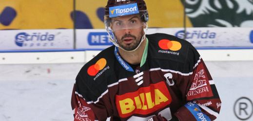 Hokejový útočník Michal Řepík.