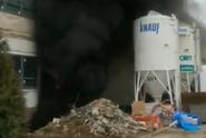 Na Barrandově hoří sklad s kulisami, příčina se zjišťuje