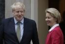 Boris Johnson a Ursula von der Leyenová.