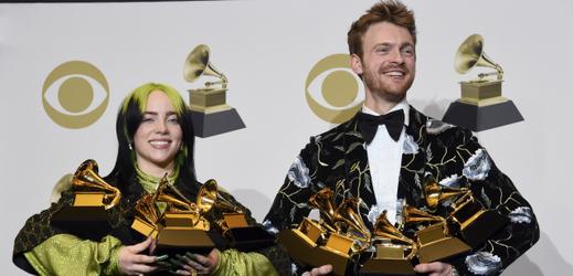 Osmnáctiletá Billie Eilish ovládla ceny Grammy