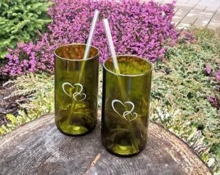 DT GLASS, Valentýnská sada dvou sklenic se skleněnými brčky.