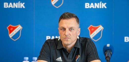 Luboš Kozel nahradil u fotbalového Baníku Ostrava kouče Páníka.