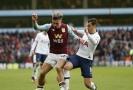 Tottenham gólem v nastavení zdolal Aston Villu.