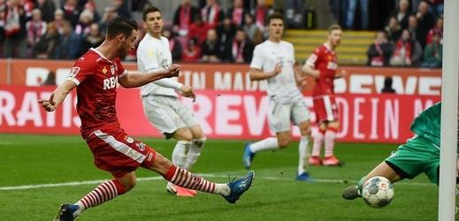 Bayern nedal Lipsku šanci a jde do čela.