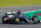 V úvodních testech formule 1 na novou sezonu byl nejrychlejší britský obhájce titulu Lewis Hamilton.