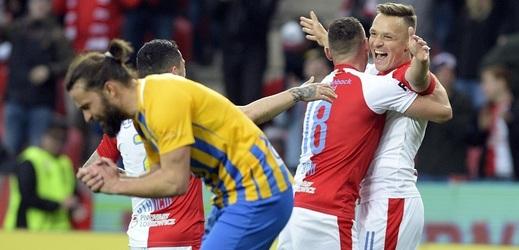 Slavia proti Opavě nezaváhala, jednu z branek trefil Stanislav Tecl.