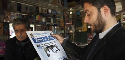 O příměří informuje místní, anglicky psaný tisk.