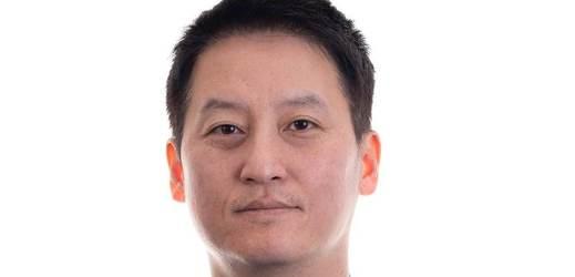 Sun Yong Hwang.
