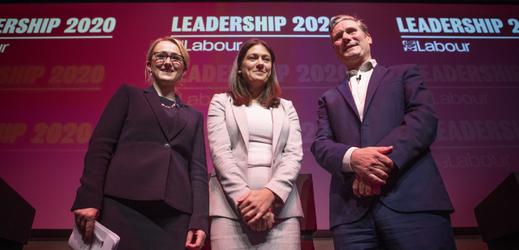 Kandidáti, zleva Rebecca Long-Baileyová, Lisa Nandyová a Keir Starmer.