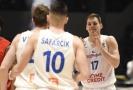 Jaromír Bohačík (vpravo) z České republiky se raduje po vítězném zápase.