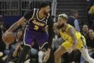 Anthony Davis v dresu Los Angels Lakers.