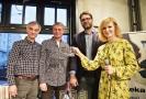 Křest audioknihy Erika Taberyho (druhý zprava) Opuštěná společnost. Interpretace se ujali Jiří Dvořák (uprostřed) s Ivanem Trojanem (vlevo). Křest moderovala Aňa Geislerová (vpravo).