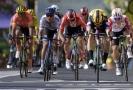 Dojezd etapy Tour de France.