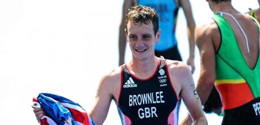 Triatlonový král chce třetí zlato z OH, kariéru prodlužují i Češi.