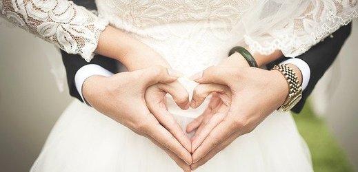 Svatba v JAR kvůli koronaviru skončila zatčením novomanželů