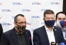 Zleva šéf poslanců SPD Radim Fiala, poslanec Jaroslav Foldyna, předseda SPD Tomio Okamura a poslanec Jan Hrnčíř.