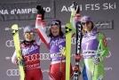 Fotografie stupňů vítězů z italské Cortině d´Ampezzo z loňského roku.