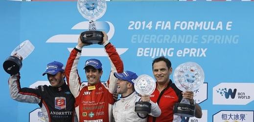 Němec Abt podváděl ve virtuálním závodě formule E.