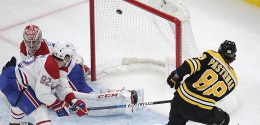David Pastrňák překonal Careyho Price z Montrealu.