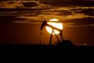 Ilustrační foto ropného vrtu.