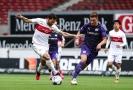 Fotbalisté Stuttgartu nevyužili zaváhání prvního Bielefeldu.