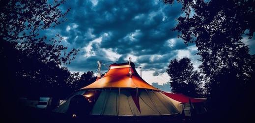 Festival nového cirkusu Letní Letná.