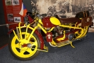 Motocykl vystavovaný v libereckém muzeu.