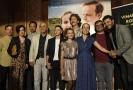 Herci a tvůrci pózují 24. června 2020 v Praze pro fotografy před premiérou filmu Martina Koppa 3Bobule. Hlavní role v něm hrají Kryštof Hádek (zcela vlevo) a Tereza Ramba (třetí zprava).