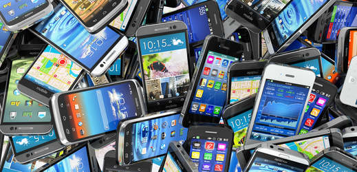 Mobilní telefony (ilustrační foto).