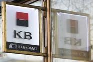 Zisk Komerční banky se v prvním pololetí propadl o 38,5 procenta