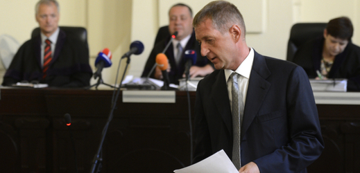 Roman Janoušek u soudu.