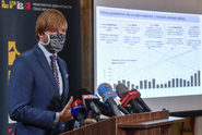Autoři zákona o informacích žádají přístup dat o koronaviru pro veřejnost
