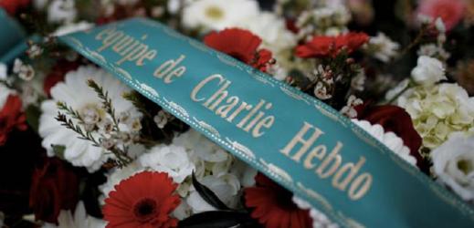 V Paříži začne soud s údajnými komplici útoku na Charlie Hebdo.