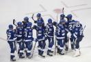 Hokejisté Tampy Bay se radují z vítězství nad Islanders.