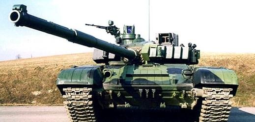 Ministerstvo podepsalo smlouvu na modernizaci tanků za miliardu.