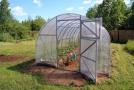 Mít na zahradě skleník je obrovská výhoda.