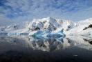 Nad Antarktidou je největší ozonová díra posledních let.