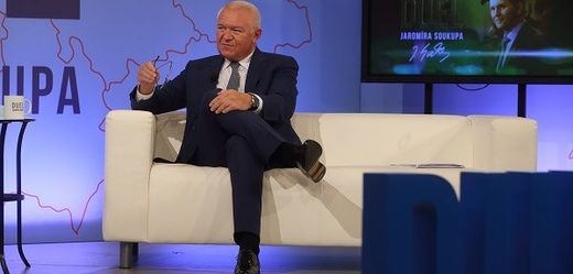Moderátor pořadu Jaromír Soukup a místopředseda hnutí ANO Jaroslav Faltýnek.